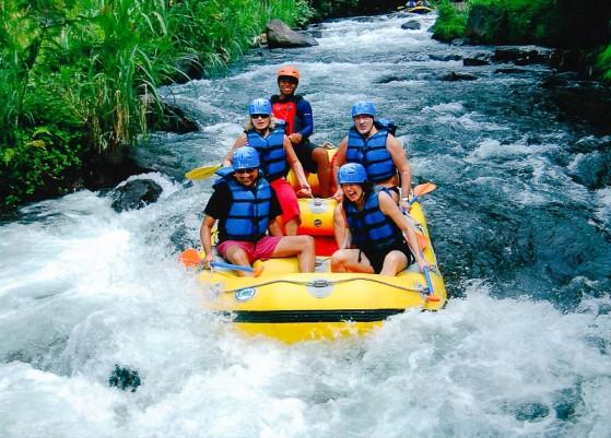 telaga-river-bali-rafting-indonesia